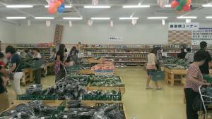 030_沖縄_くがに市場