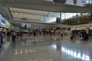 s008_香港国際空港